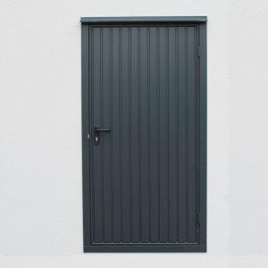 Garagen-Tür