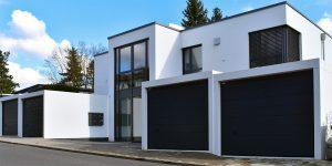 Fertiggaragen Sehn Wohnhaus mit Doppelgaragen