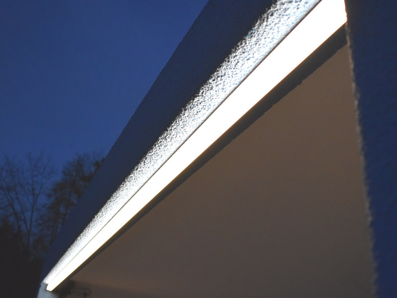 Sehn Fertiggarage mit LED Ambientebeleuchtung
